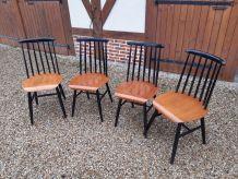 Chaises scandinaves   de style en bon etat