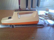 couteau électrique Moulinex beige/orange vintage années 70