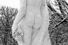 Photographie statut femme nue neige hiver.