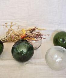 5 flotteurs de marine, 3 verts, 2 transparents