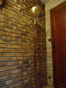 Lampadaire halogène bois et laiton H1,80m socle 30cm