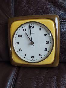 Horloge murale Zentra