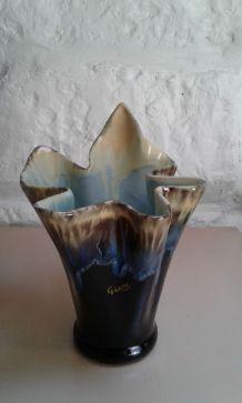 Vase Gien.