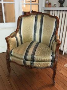 fauteuil bergère style louis XV