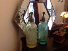 Lot de deux vieux siphons années 30, turquoise et vert d'eau