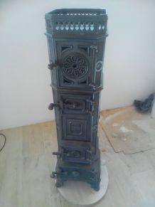 Ancien Poêle pour décoration