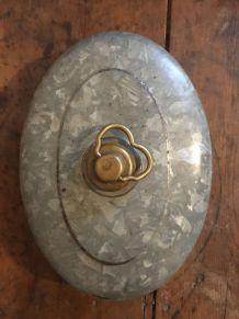 Ancienne bouillotte ovale en zinc art déco