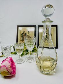 Carafe vin en verre à facettes, bouchon boule vintage