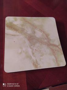 Dessous de plat en formica 18x18 marbré