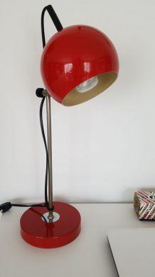 Lampe de bureau vintage eyeball rouge