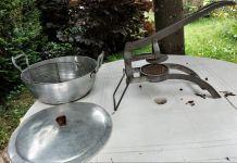 Friteuse et coupe-frites anciens vintage - 1950