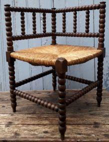 Chaise d'angle vintage en bois tourné