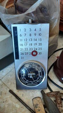 barometre vintage avec calendrier