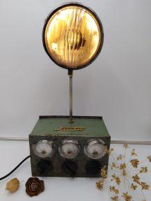 Lampe vintage/Lampe industrielle/Detournement d'objet
