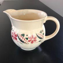 Pot à eau (ou à lait) rond