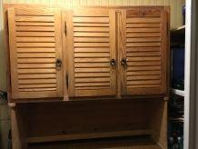 Buffet vaisselier pin massif réalisé par un artisan