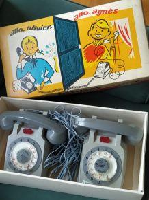 Téléphones jouets vintage rolphone