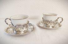 Tasses à thé en porcelaine et métal argenté
