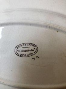 3 pièces de porcelaine ancienne «l'Amandinoise»