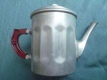 cafetiere  en aluminium, vintage