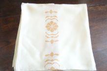 serviettes de table vintage
