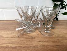 Set de 6 verres à vin en verre taillé