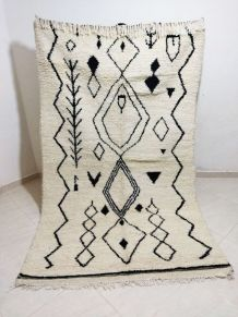 237x140cm Tapis berbere marocain