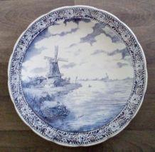 Grand plat Delft Boch près de 40 cm de diamètre