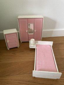 Chambre à coucher poupée vintage 80's