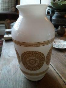 Vase vintage en opaline des années 70