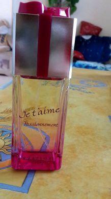 """Parfum """"je t'aime passionnément"""""""