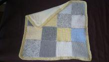 couverture bébé faite main neuve
