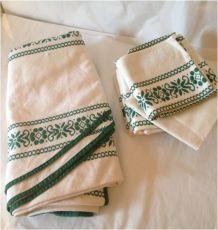 Nappe ronde et ses serviettes Motif basque