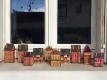 Petites boîte maisonnettes en paille vintage et rétro