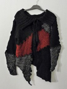Gilet Long Original et Asymétrique noir rouge gris - Ogo