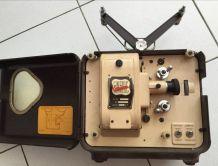 Projecteur 8mm Art deco bakélite CINERIC-ERICSON F8