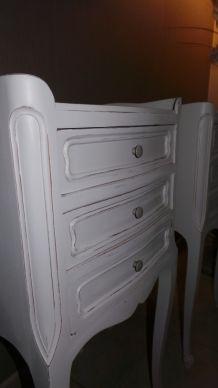 Chevets tables de nuit blanc cassé