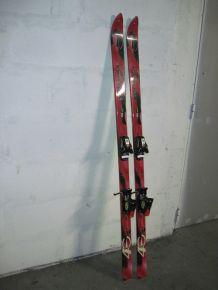 Beaux skis alpins ROSSIGNOL 165 cm NEUFS + Housse