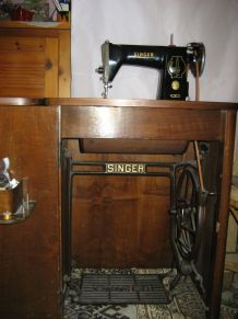 ANCIENNE MACHINE A COUDRE SINGER