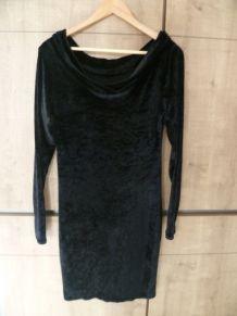 Robe noire manche longue vintage en velours
