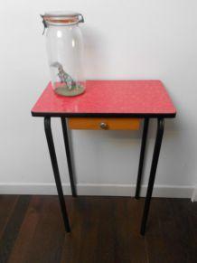 table design vintage des années 60