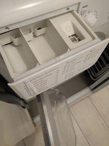 Lave-linge Indesit 6kg (IWC 61251 SL)