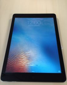 iPad Air  32 Go Wifi + smart cover