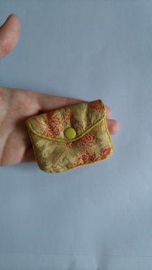 Mini porte monnaie en tissu