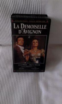 """LA DEMOISELLE D'AVIGNON"""