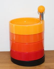 serviteur multicolore années 70