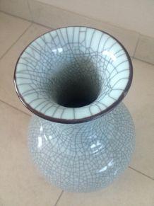 Vase céladon porcelaine de Chine craquelée