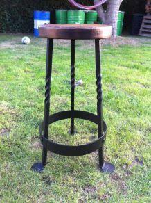 Tabouret de bar en bois et fer