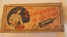 Ancienne seringue à décorer