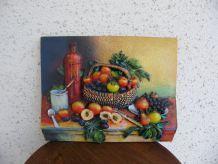 cadre plâtre représentant des pommes
